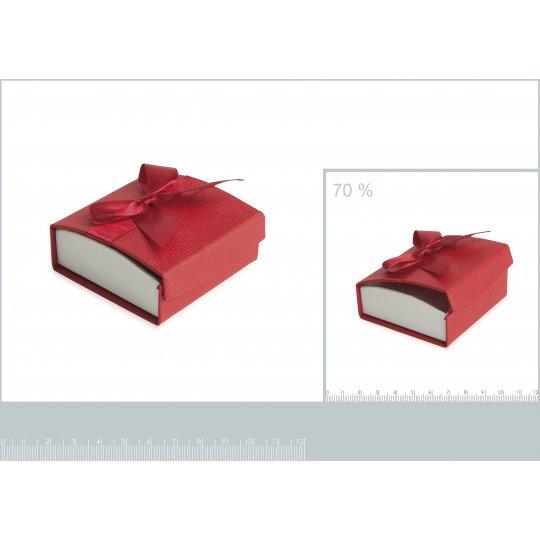 Écrin rouge pour boucles...